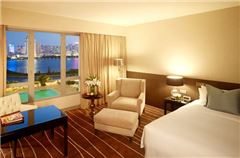 Deluxe Lake-view Room