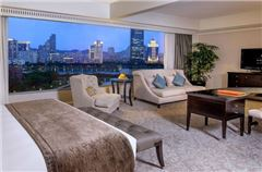 Deluxe Lake-view Executive Room