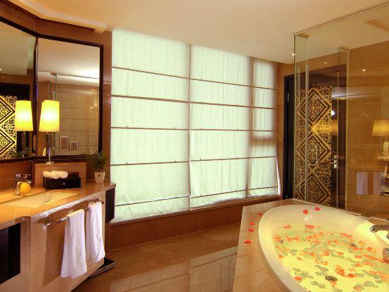 Xinyue Building Bay-view Garden Suite