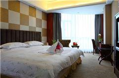 Hillside Queen Room