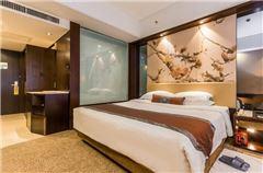 Gaeden-view Queen Room