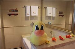 小黃鴨主題親子套房