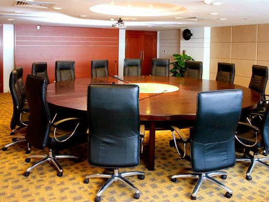 圆桌型会议室
