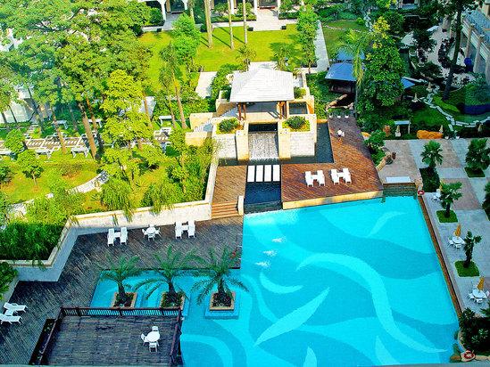 花园恒温泳池