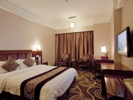 City-view Deluxe Queen Room