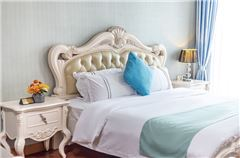 Continental Style Queen Room