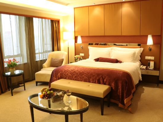 Executive Superior Queen Room