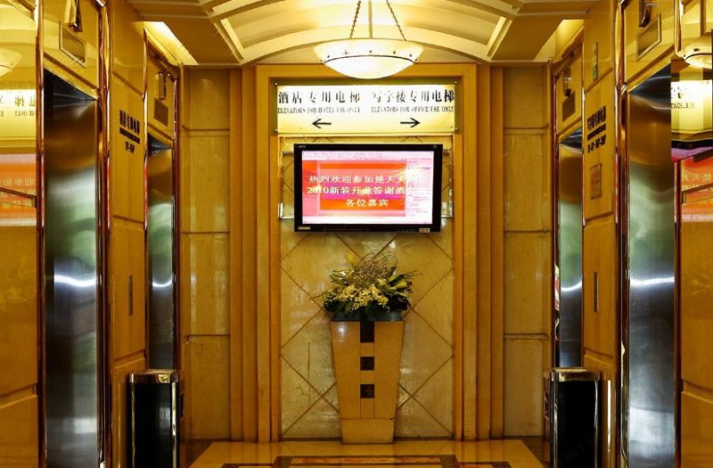 大堂電梯間