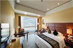 Executive Queen Room