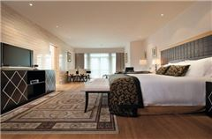 Townhouse Deluxe Room