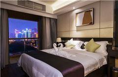 City-view 2-bedroom Apartment