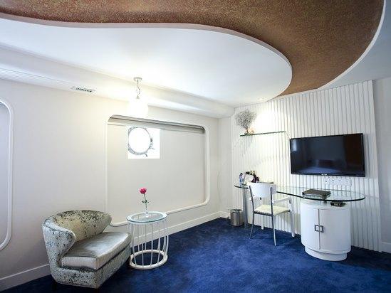 Sailor Room