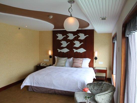 Ocean-view Room
