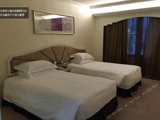 三居室五床别墅