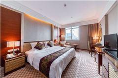 River-view Deluxe Executive Queen Room