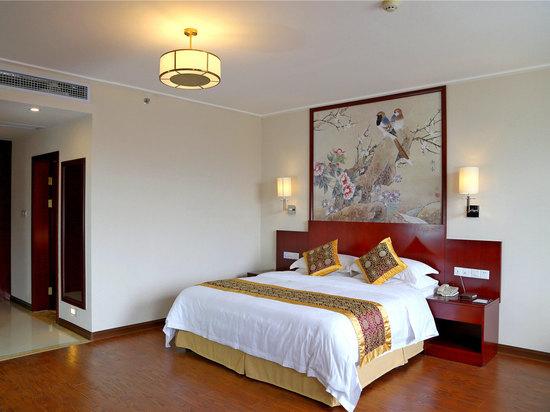 Riverside Road Standard Twin Room