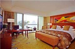 Kaiyuan Lake View Room