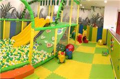 Parco giochi per bambini / miniclub