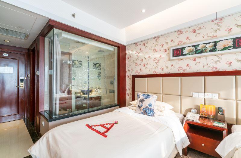 牡丹主题双床房