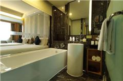 Villa B Deluxe Twin Room