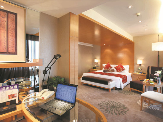 Pemier Room