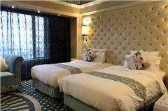 樱花双床房