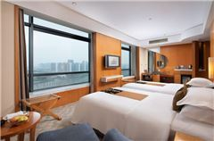 East Wing Superior Twin Room