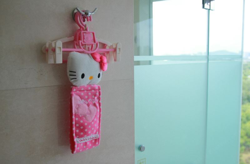 Family Hello kitty Thematic Room
