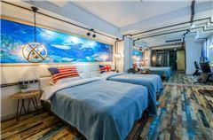 镜像双床房