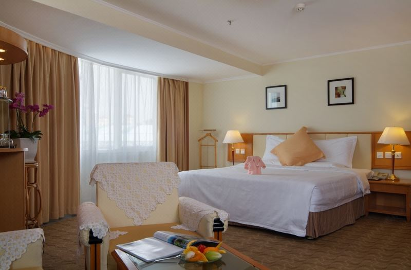 Deluxe Seaview Suite Room