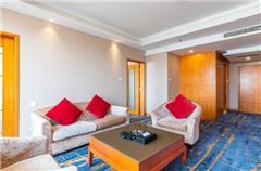 Business Garden-view Suite