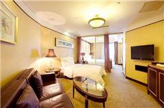Family City Panoramic Room