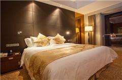 Villa B Deluxe Bayview Room