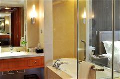 Villa B Deluxe Queen Room