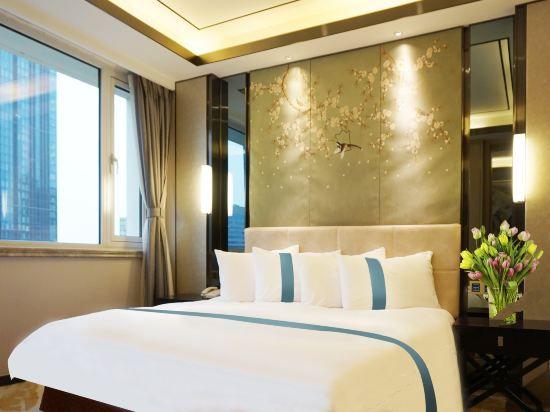 Business Seaside Suite