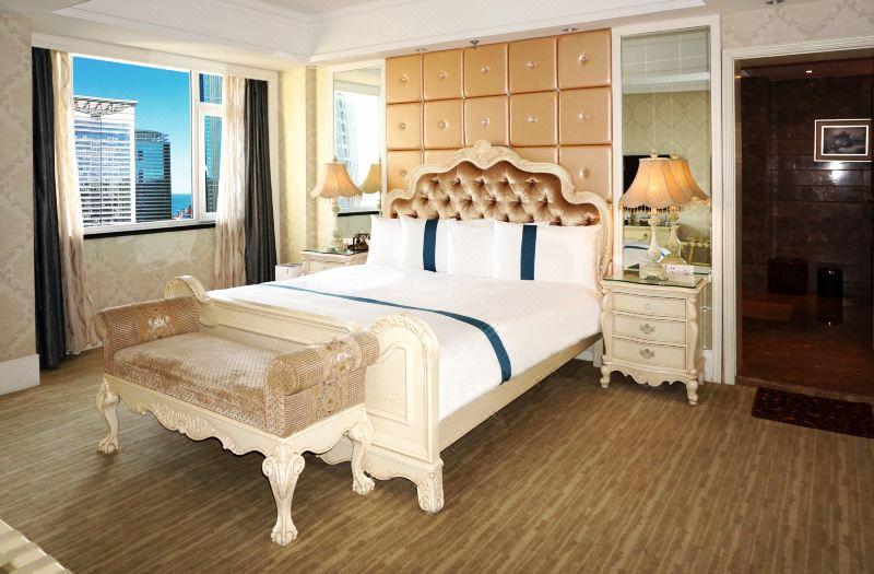 President Seaward Suite