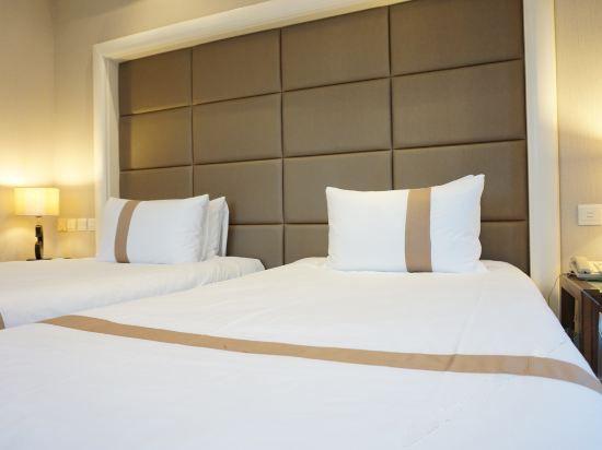 Comfort Twin Seaside Room