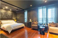 Gray Single Room