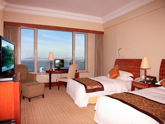 Deluxe Ocean-view Standard Room