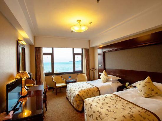 Standard Ocean-view Room