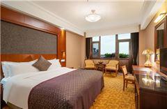 Executive Ocean-view Queen Room