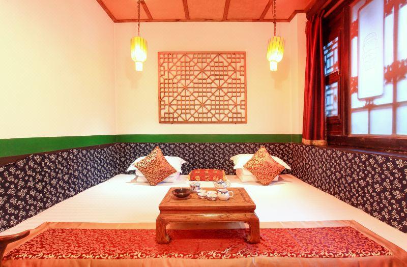 Ming and Qing Dynasties Superior  Adobe Kang Room