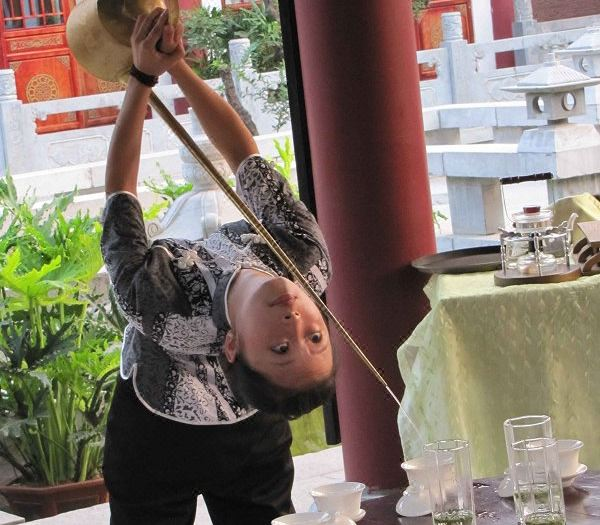 茶艺表演-长嘴壶