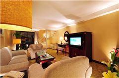 Lake-view Multi-level Suite