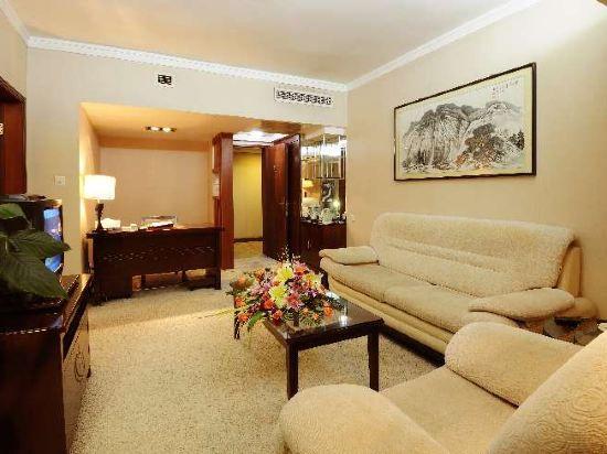 Orient Comfort Suite