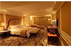 Villa B VIP Queen Room