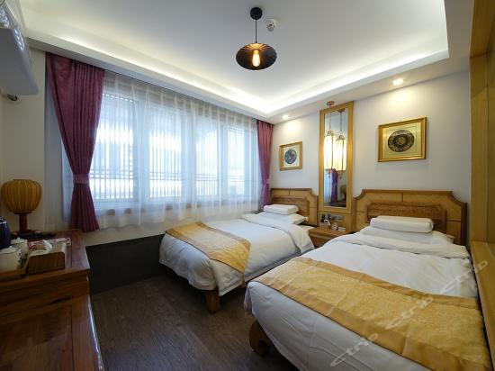 Standard Room A