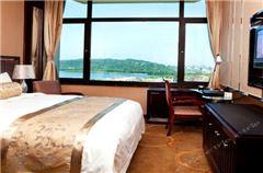 Lake-view Executive Room