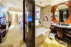 Fabulous Sea Family Room