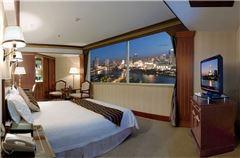 River-view Queen Room